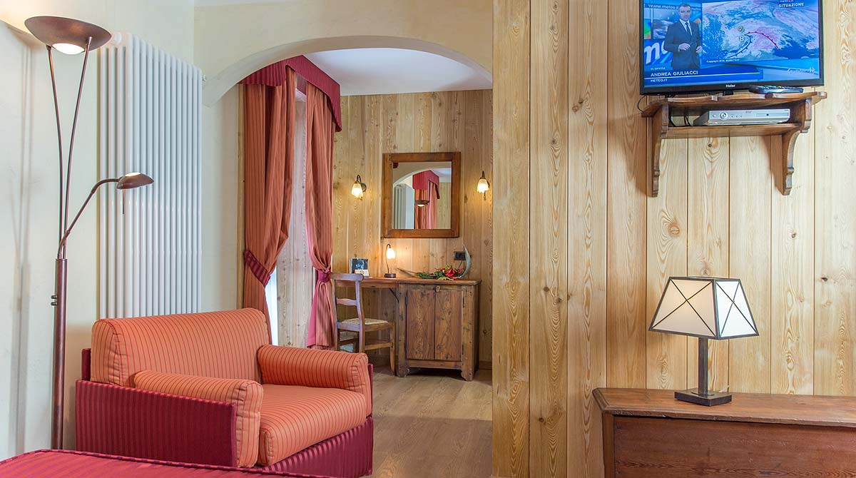 Hotel Edelweiss Breuil Cervinia superior room